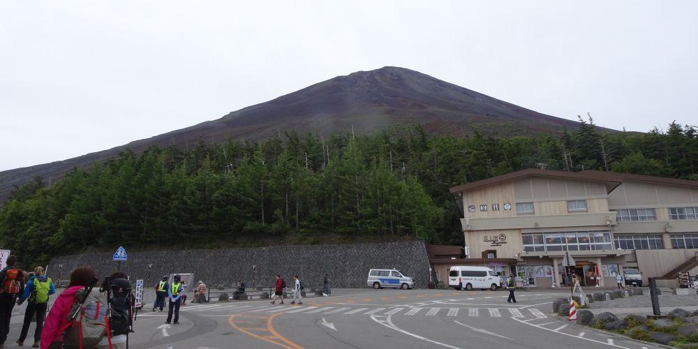 5合目からの富士山頂